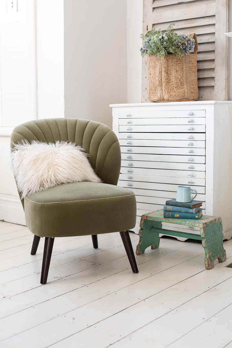 Evie_Chair_Green_Cup